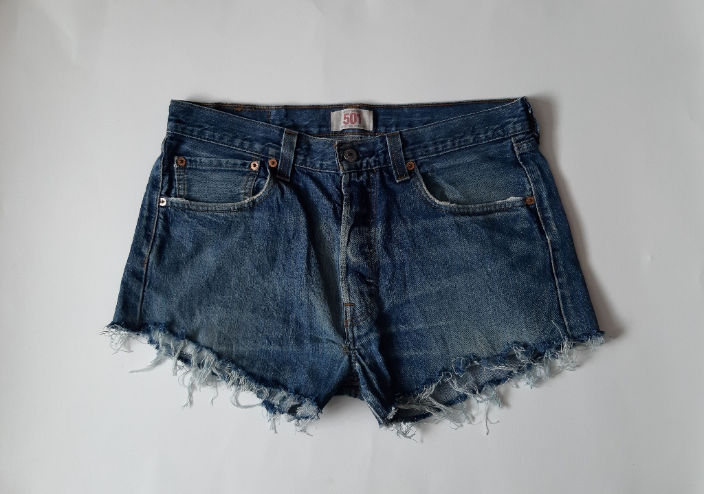 Levi's 501 reworked blue denim cutoff shorts waist 33