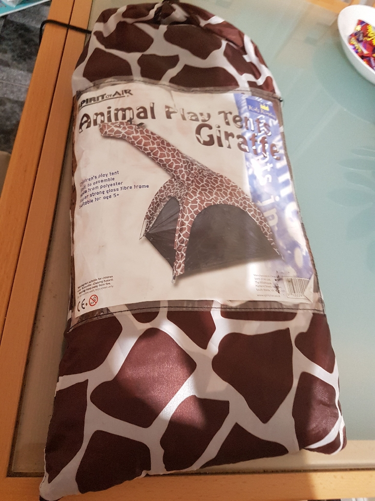 Animal play tent giraffe