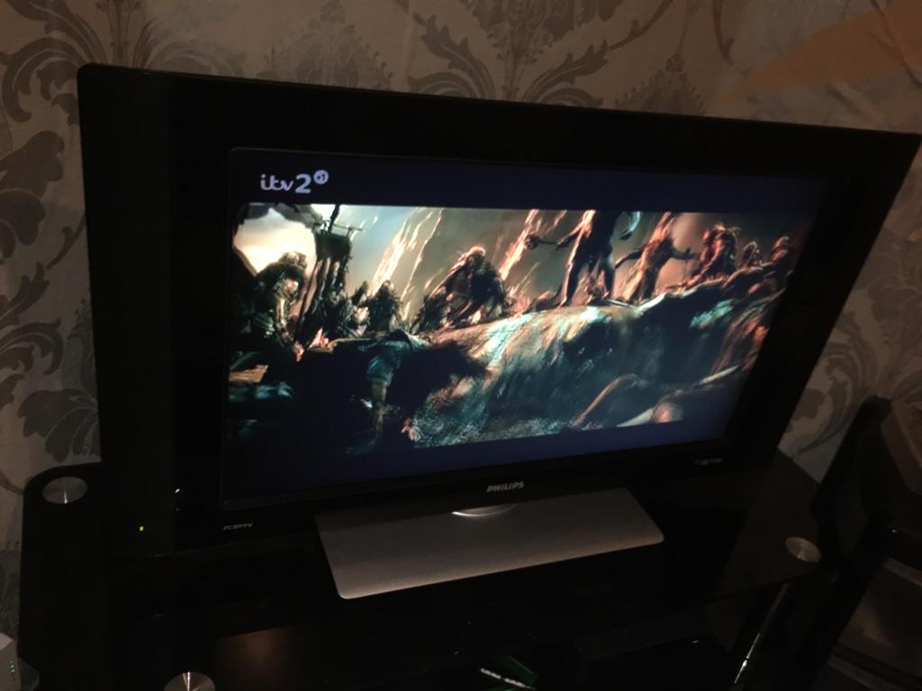 """32"""" Philips TV"""
