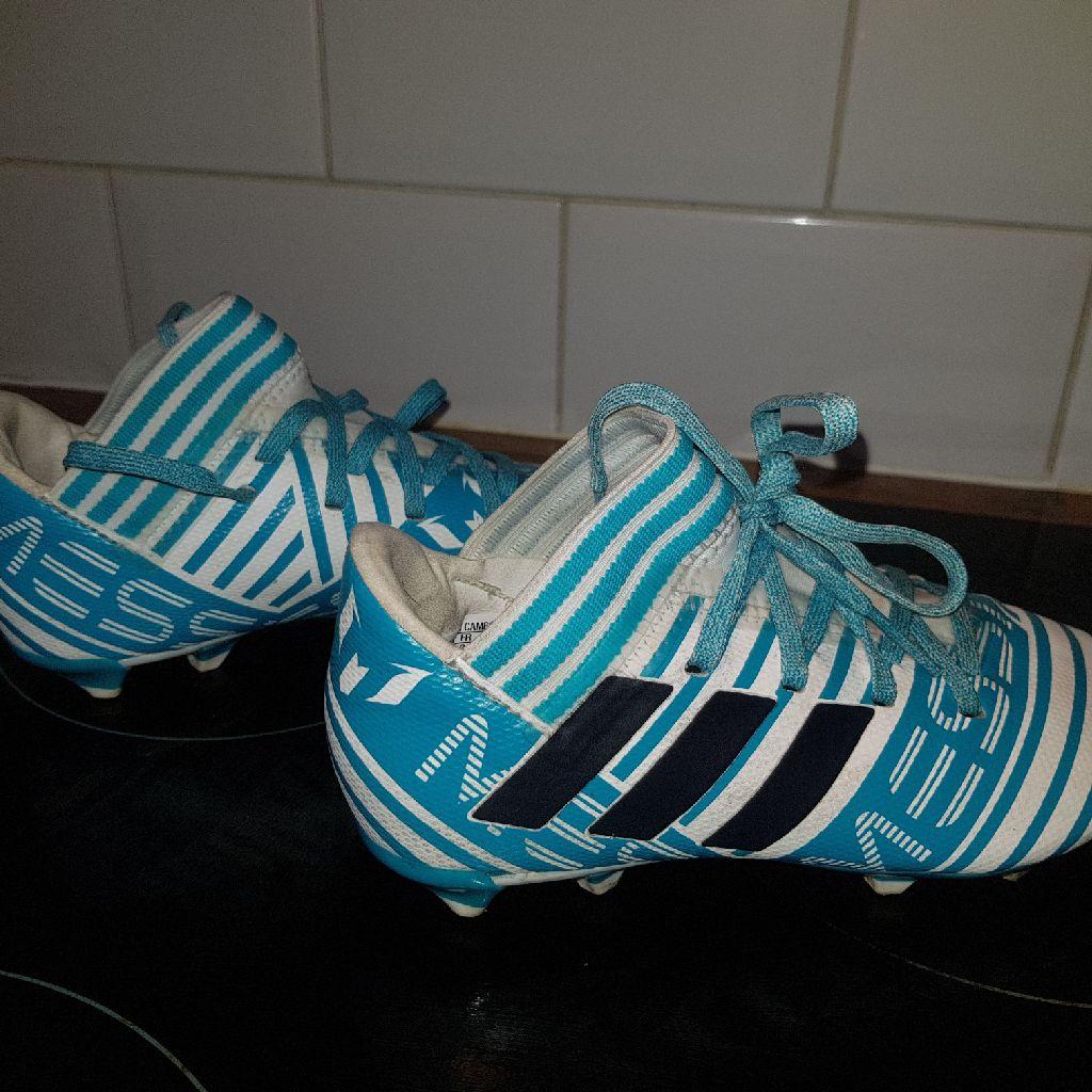 Kids adidas football boots size 12