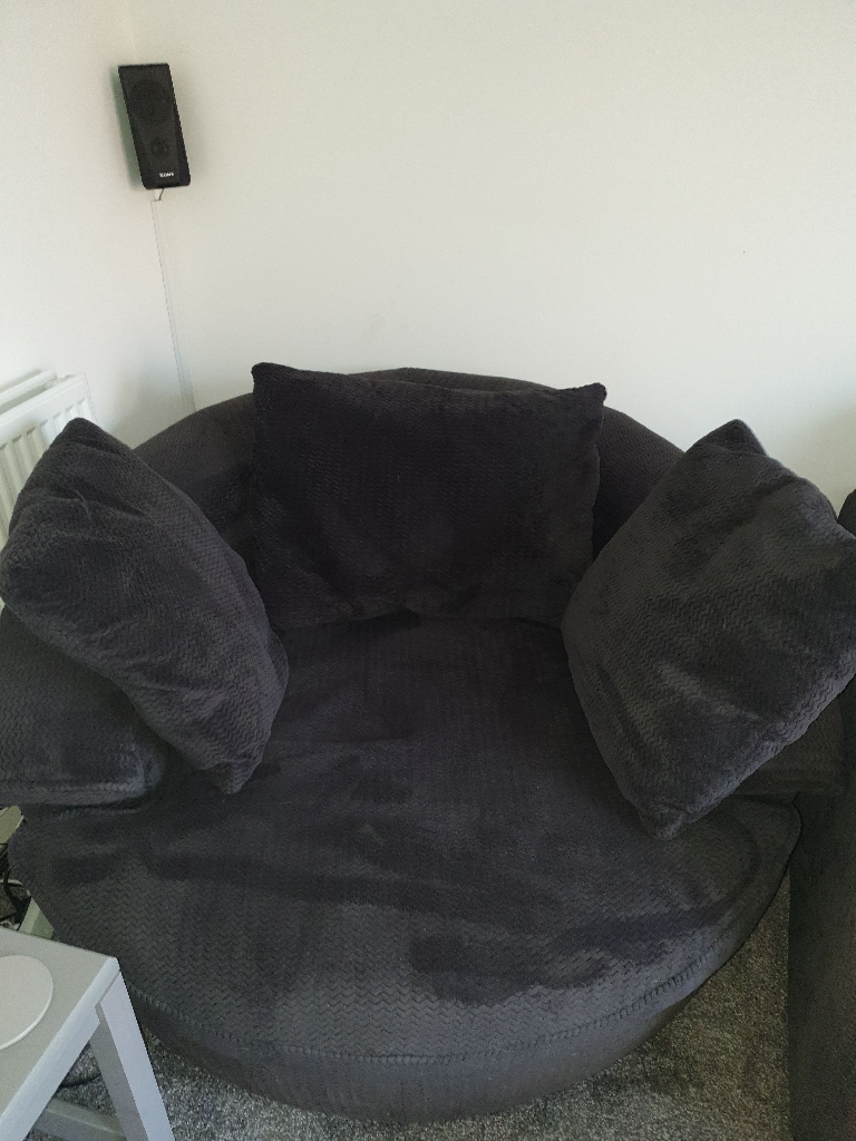 3 seater sofa and swivel snuggle sofa for sale BARGAIN at £200 O.N.O