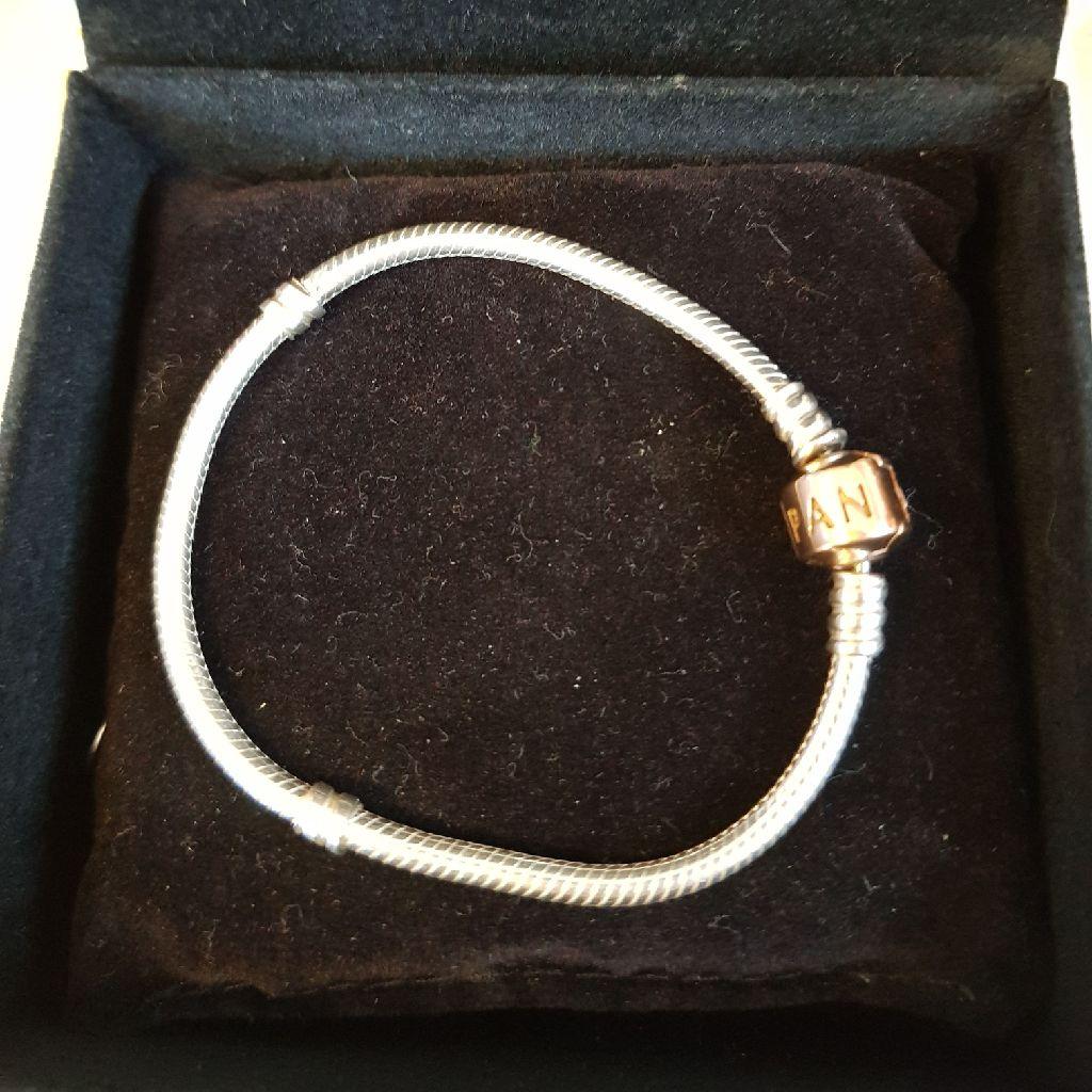 Genuine Pandora Rose Gold Clasp Bracelet 17cm