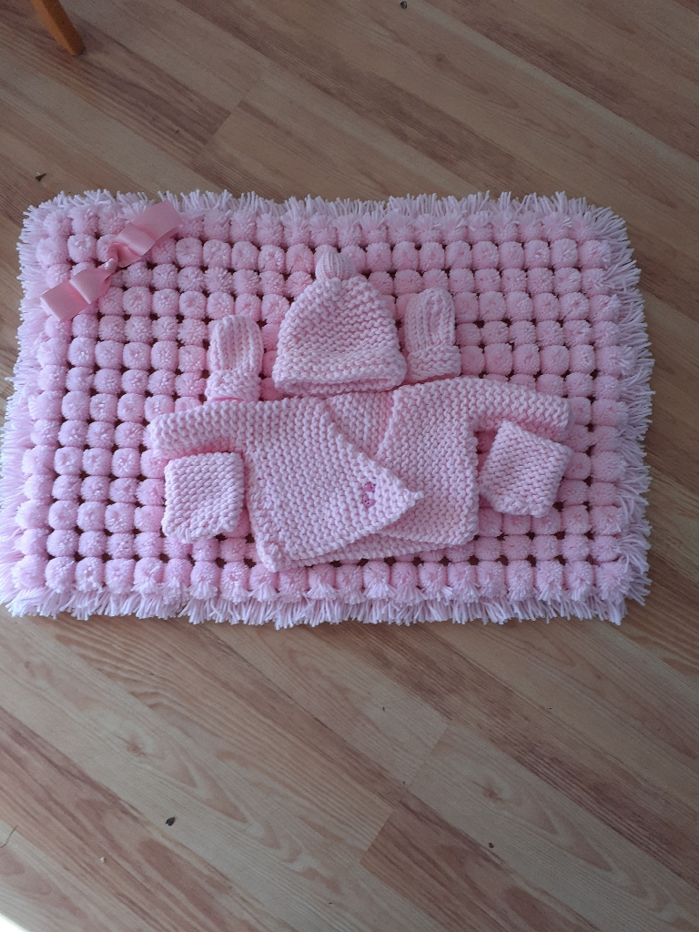 Handmade knitted package set