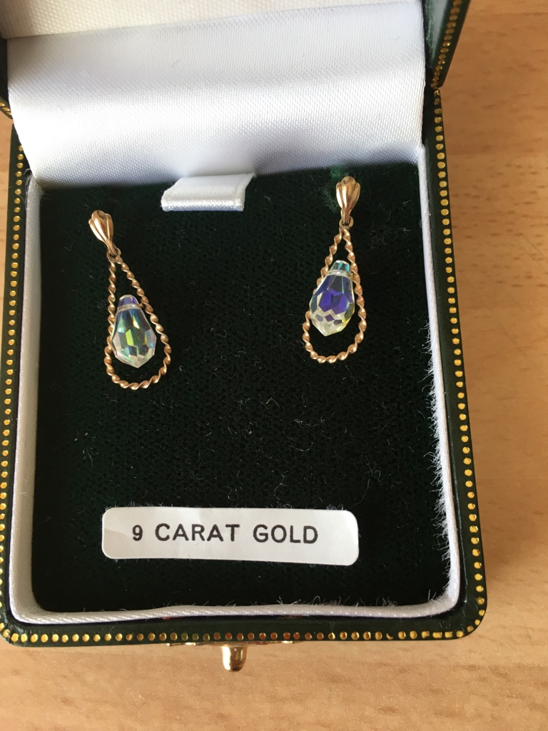 9 ct Gold Crystal Earrings