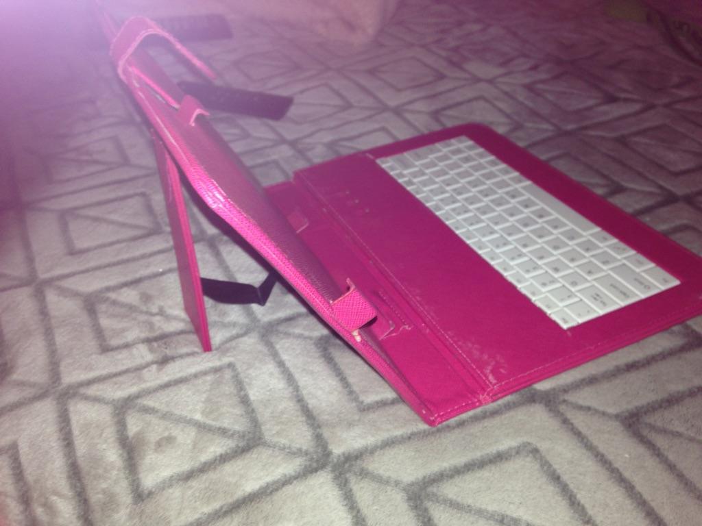 10' bluetooth wireless keyboard/case for tablet