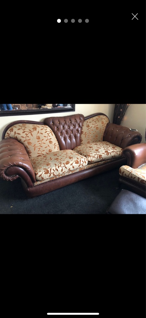 Lovely 3 seater sofa a 2 seater sofa, 2 chairs and 2 tables