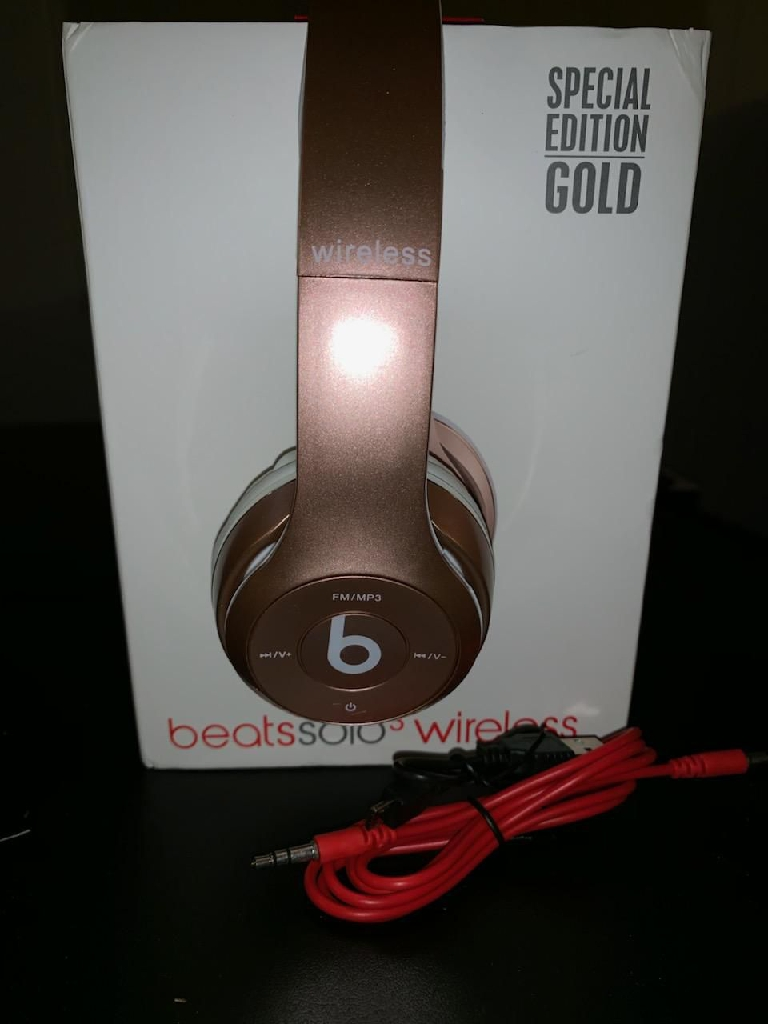 Brand new beats solo3
