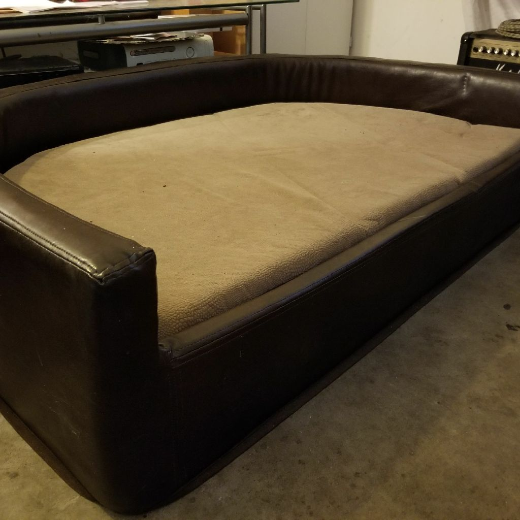 Custom Dog Bed For Large Dogs