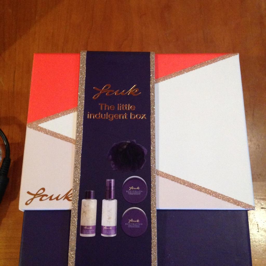 Fcuk glamour box