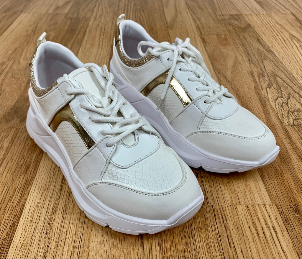 White Trainers with Gold Trim Size 5.5 Women's