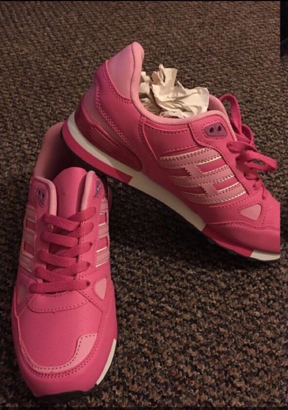BNIB Ladies Trainers size 5