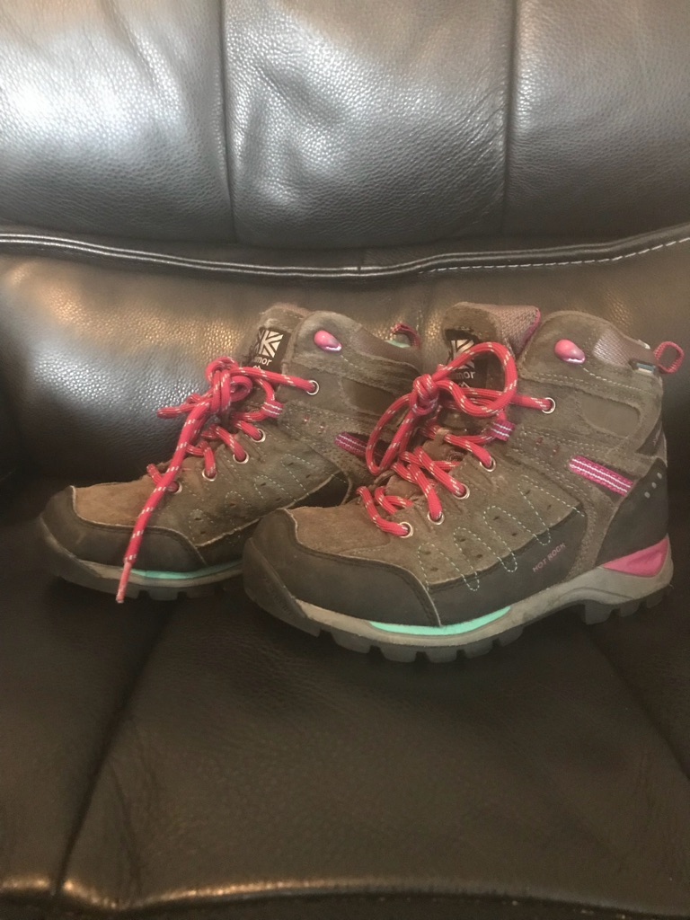 Karrimor hot rock walking boots kids size 13