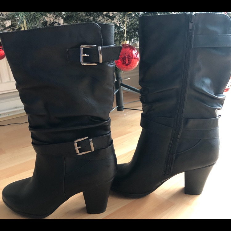 Black Buckle Boots(not worn)