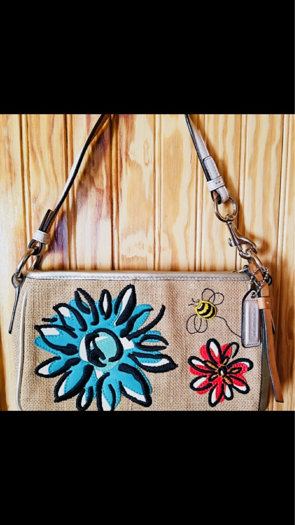 Coach Straw bumblebee flower motif Demi bag