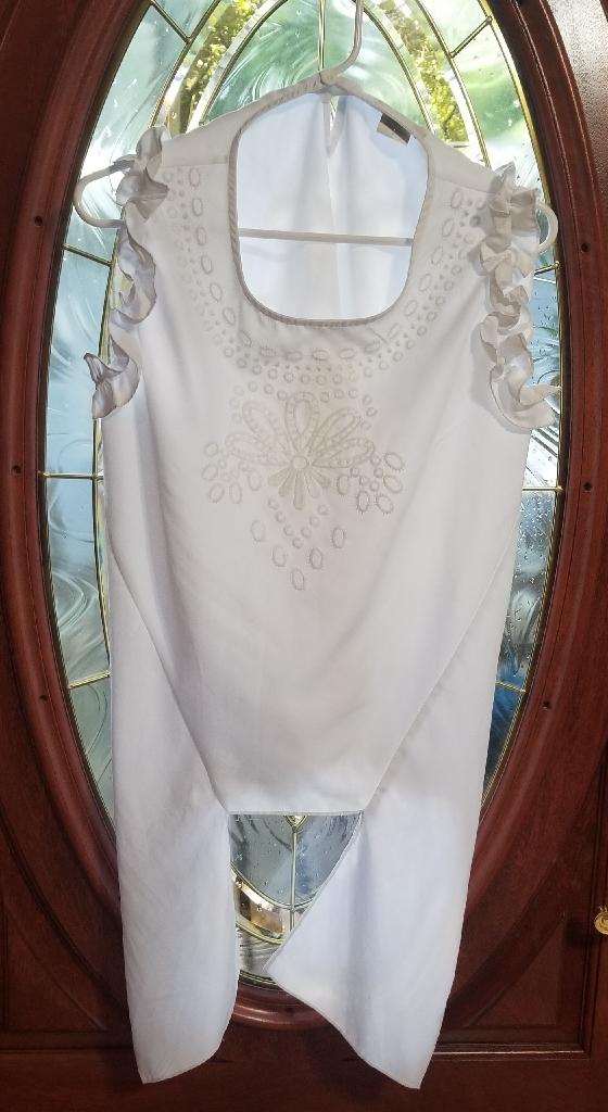 White Shirt/Robe (Size L) [Vivid Importers]