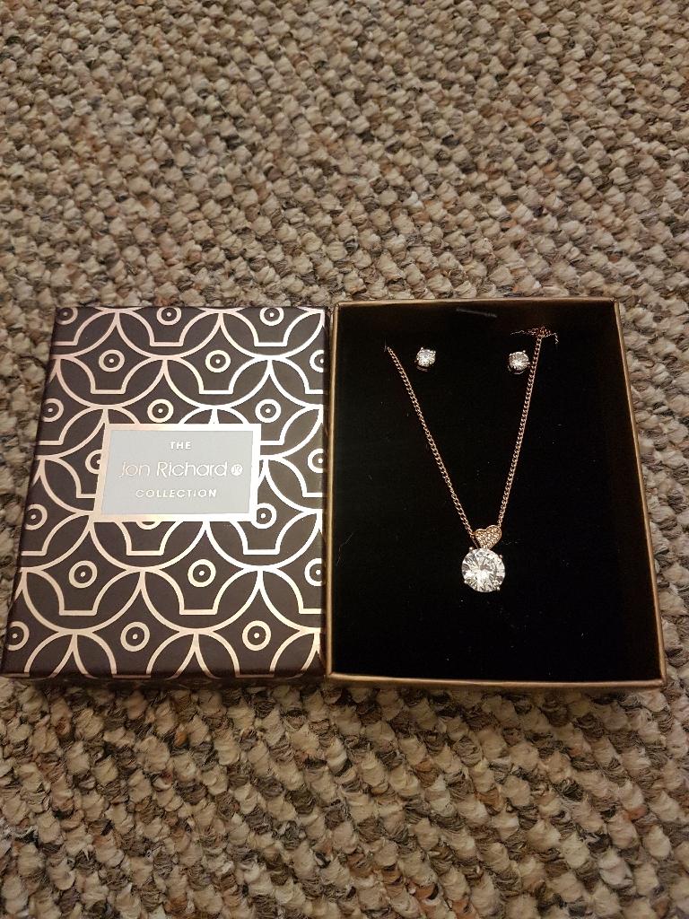 Jon Richards earring and necklace set