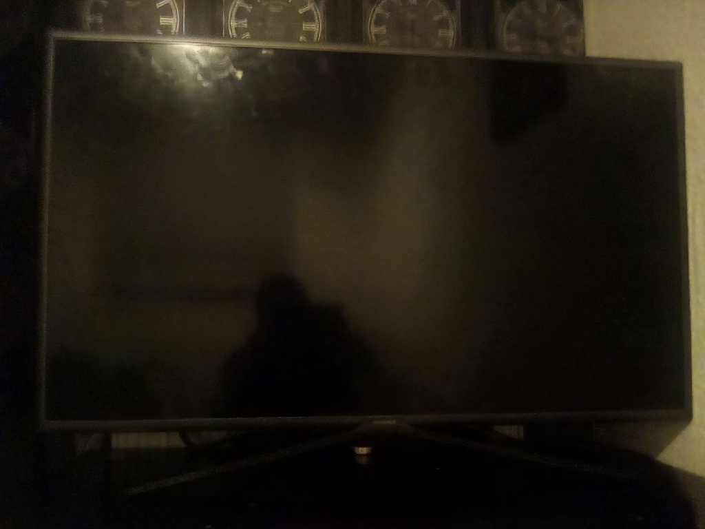 Samsung Smart TV (needs new screen)