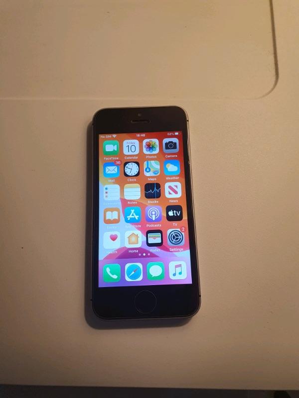iPhone SE 2015