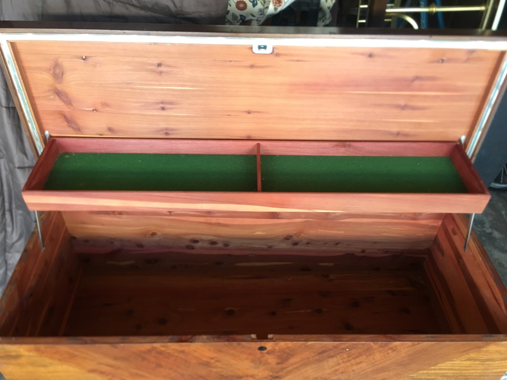 ANTIQUE LOVELY DECO WATERFALL STYLE CEDAR CHEST
