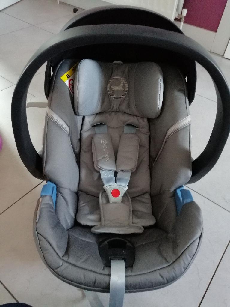 Cybex aton 5 car seat & isofix base