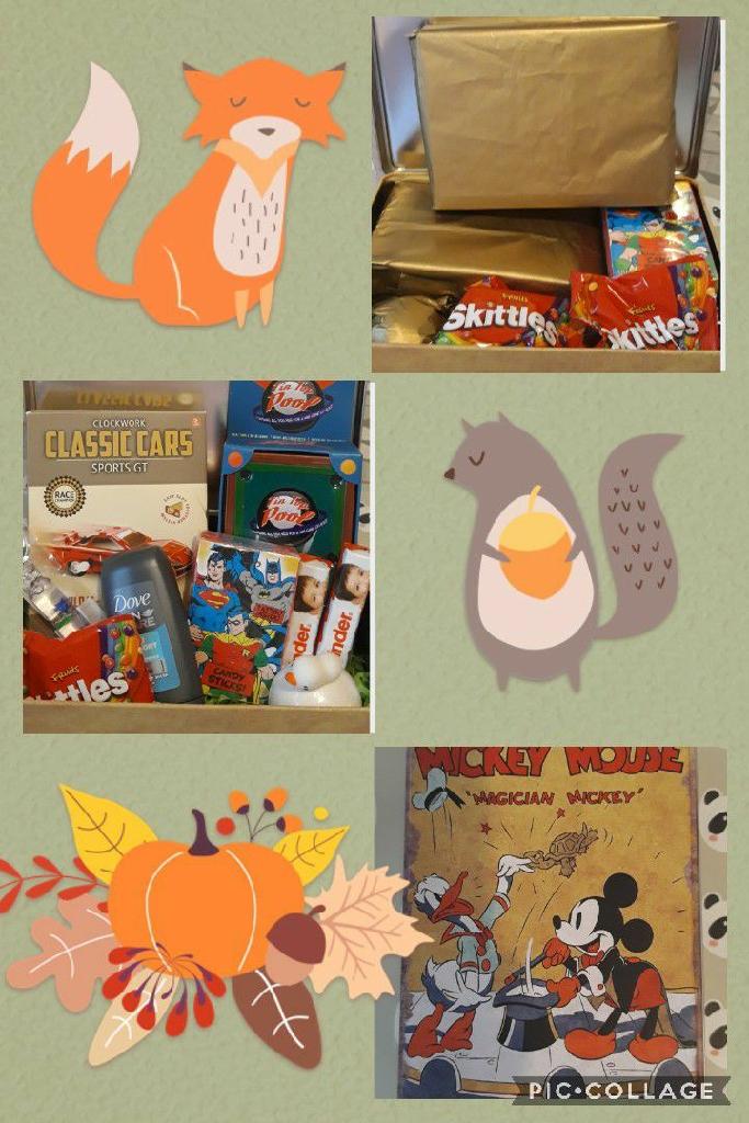 Medium sized Disney tins, filled with mini treats