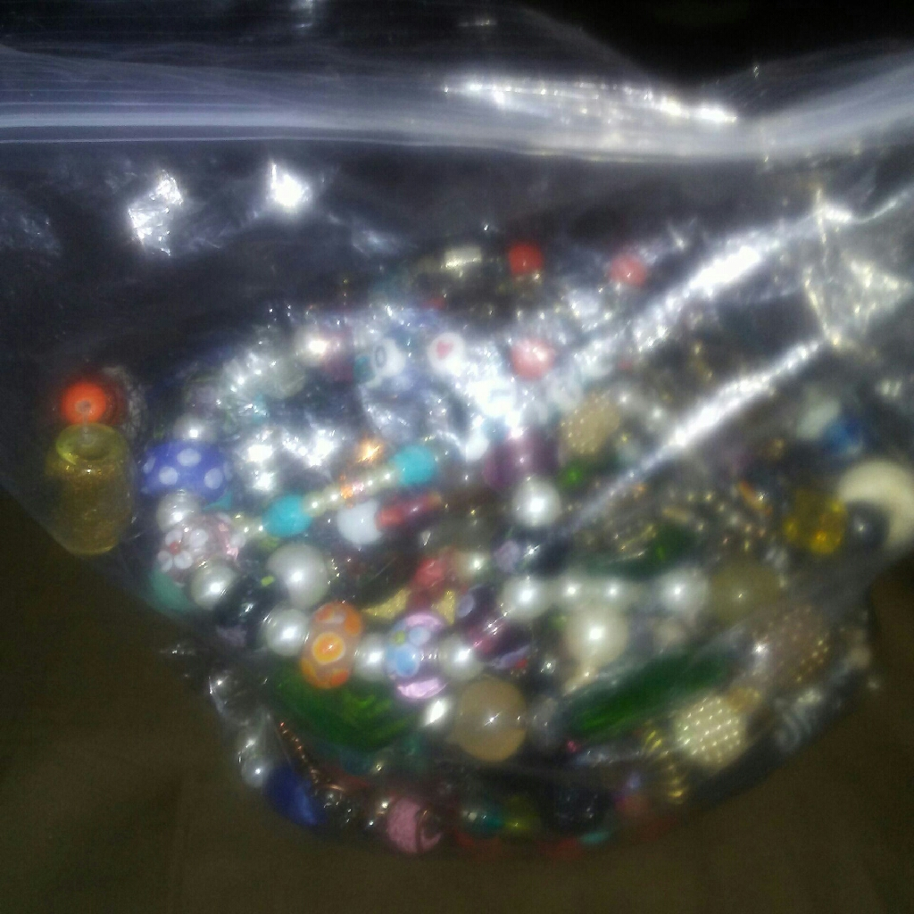 Lot bracelet in bag