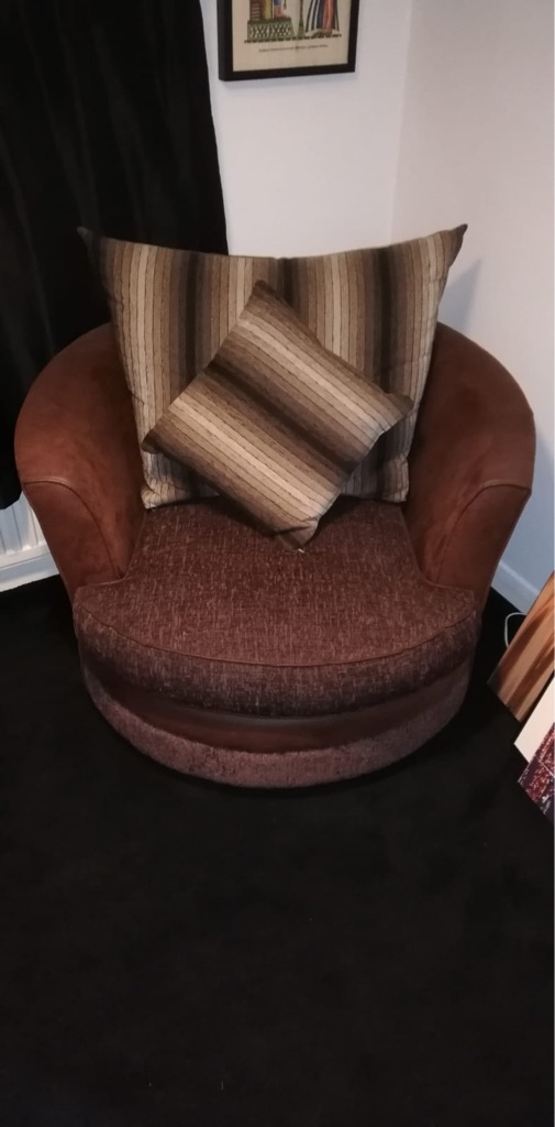 3 seater sofa and twister chair