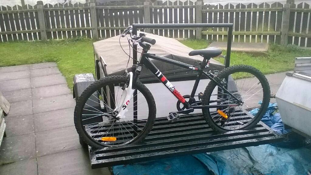 Trailer Bike Rack >> Camping Trailer With Bike Rack