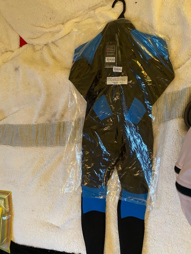 Children's full length Barefoot wetsuit size 6