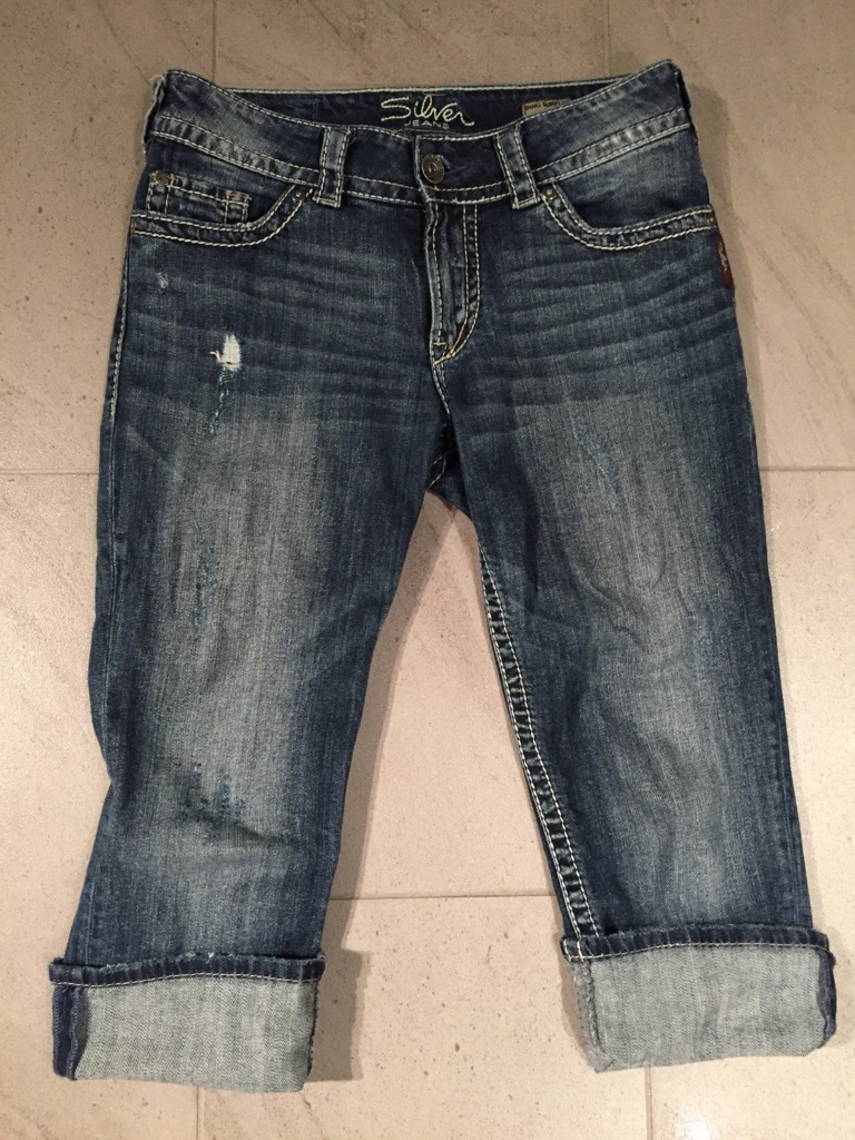 Capri jeans for woman