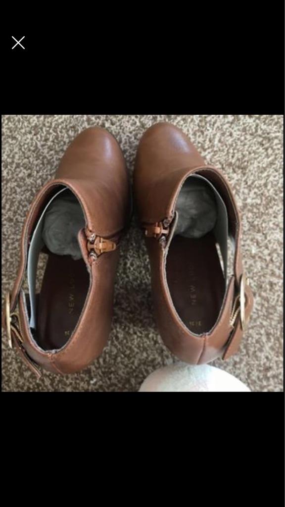 Block heel size 3 boots