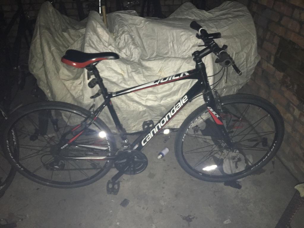 Cannondale hybrid bike