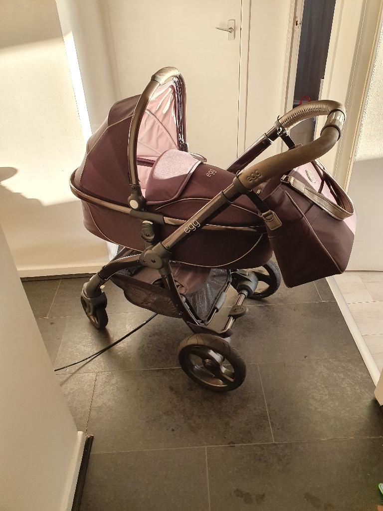 Egg pram and stroller