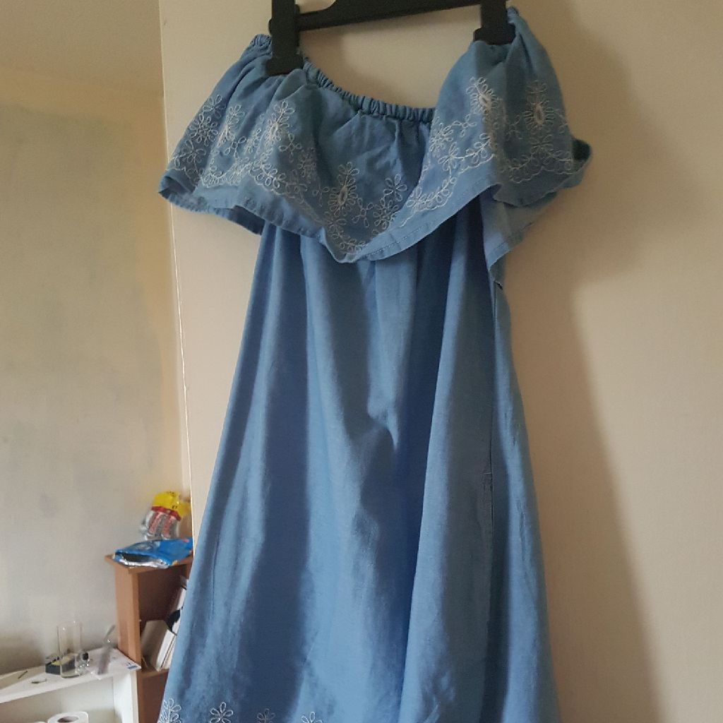 Size 10 off the shoulders dress