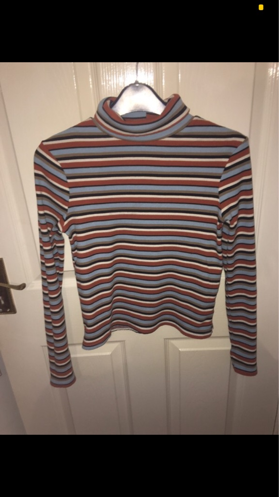 Turtle neck long sleeve top Size XS/6