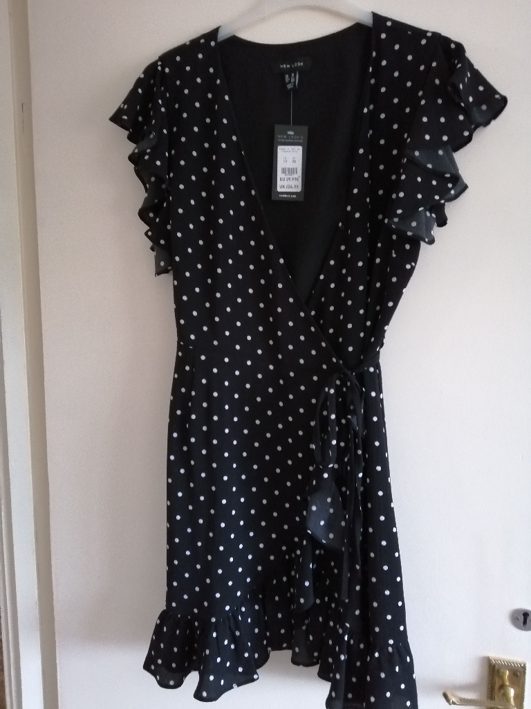 Polka dot wrap dress size 10