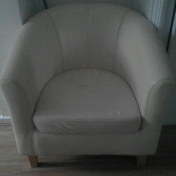 Cream leather look tub chair
