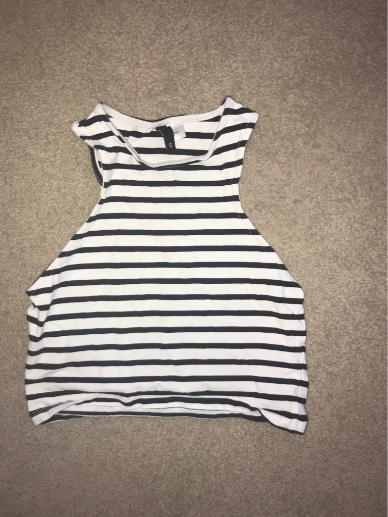 H&M Striped Cropped Top