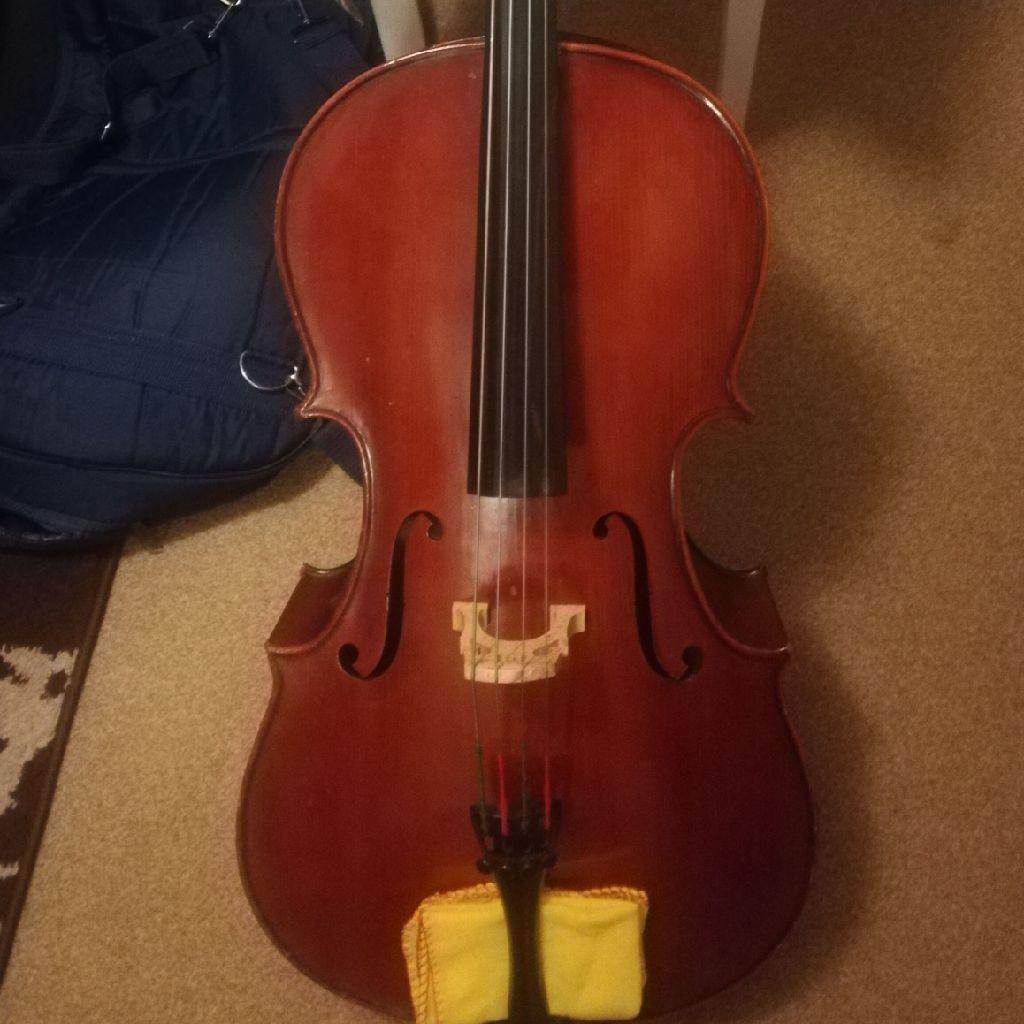 Cute 1/4 cello for Sale