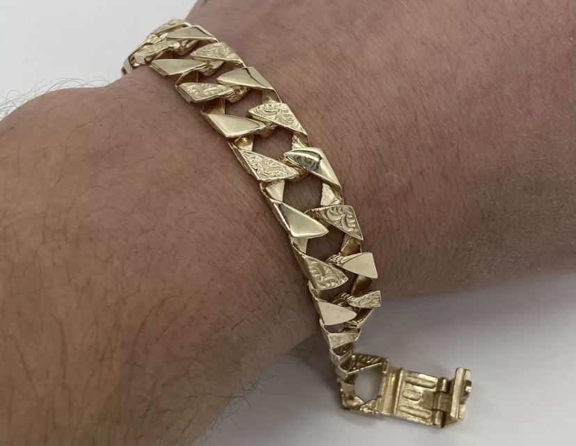 Heavy 9ct Gold Old School Mens Curb Bracelet.!