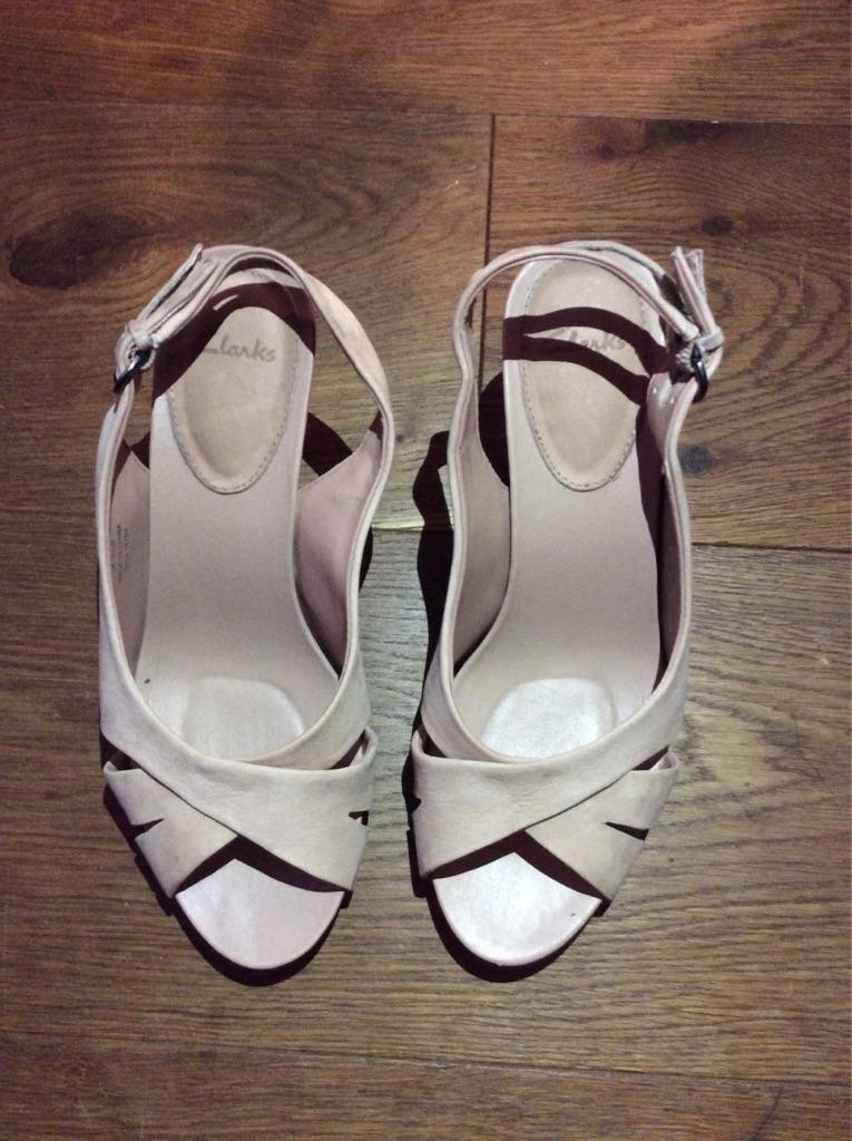 Clarke Nude Suede High Heel Peep Toe Sandals in size 5.5