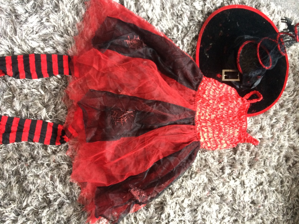 Childs halloween fancy dress outfit size 6-8