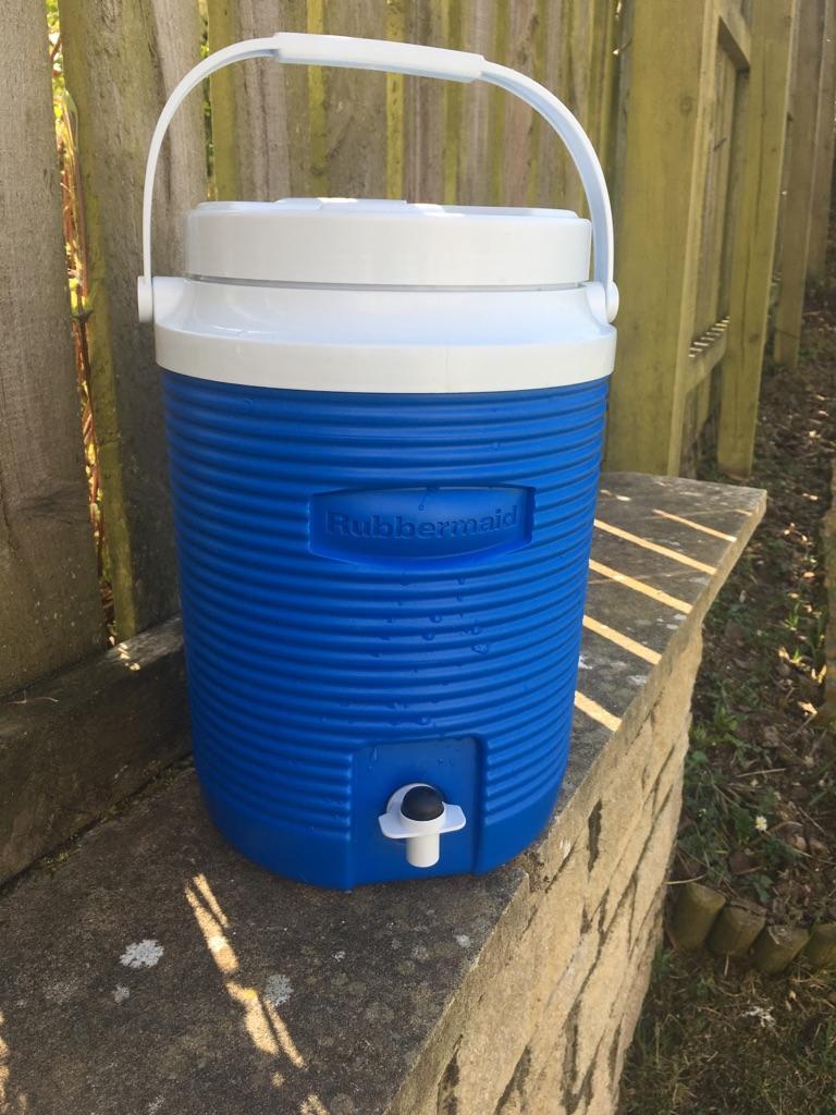 Rubbermaid Water Cooler & Dispenser