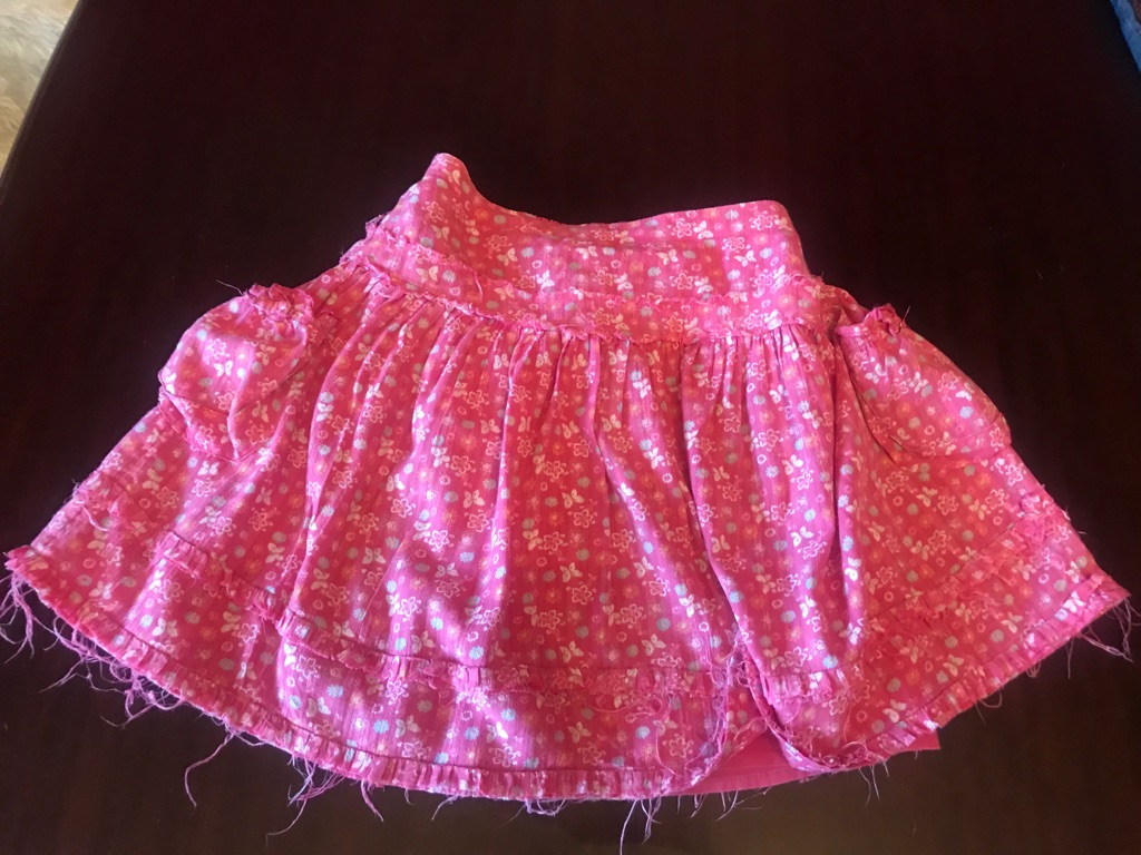A Brilliant Bundle of Summer Girls clothes aged 3-4, 7 items