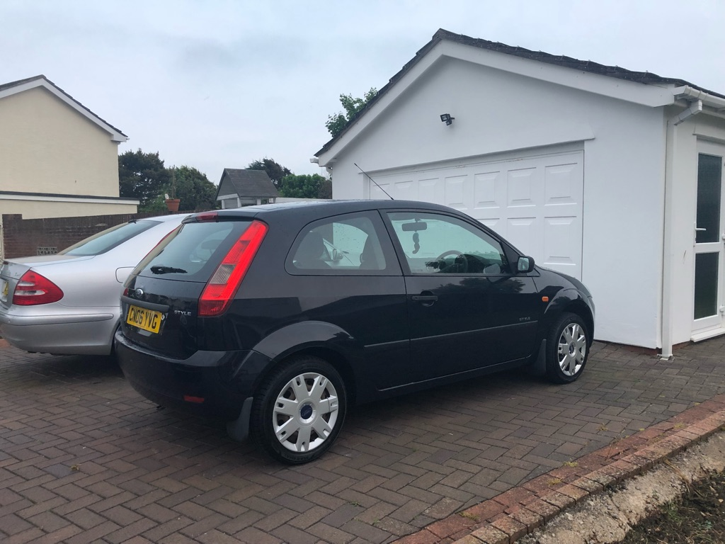 Ford Fiesta Style 06 Plate