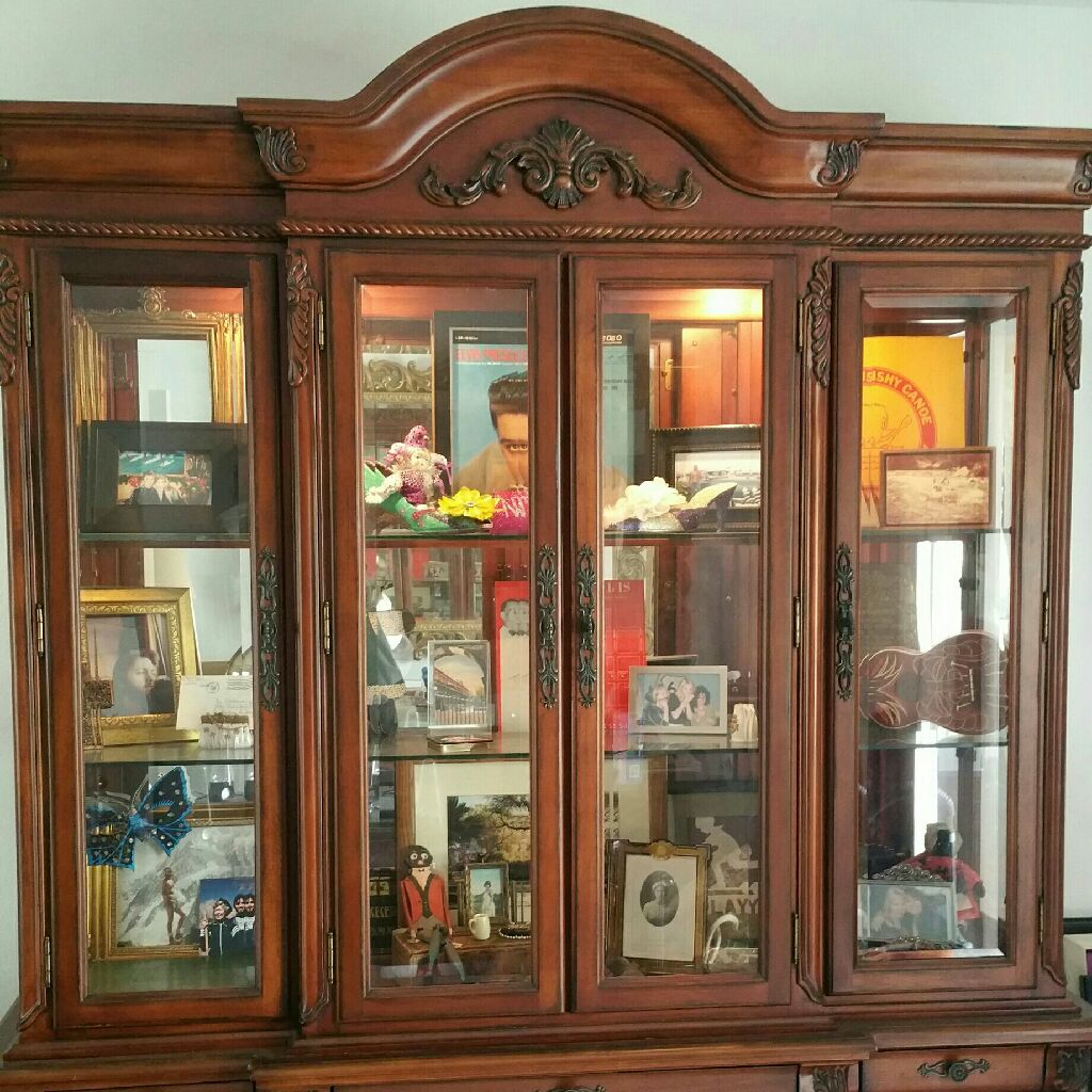 Display Cabinet and Buffet
