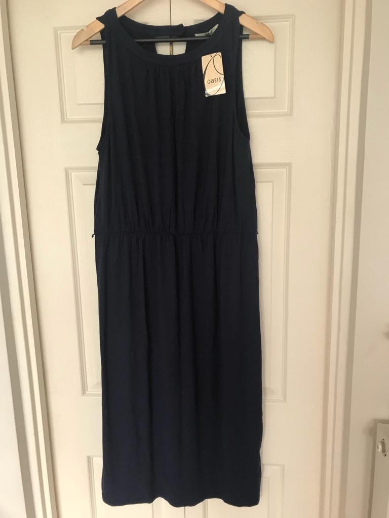 Ladies Oasis dress Size M