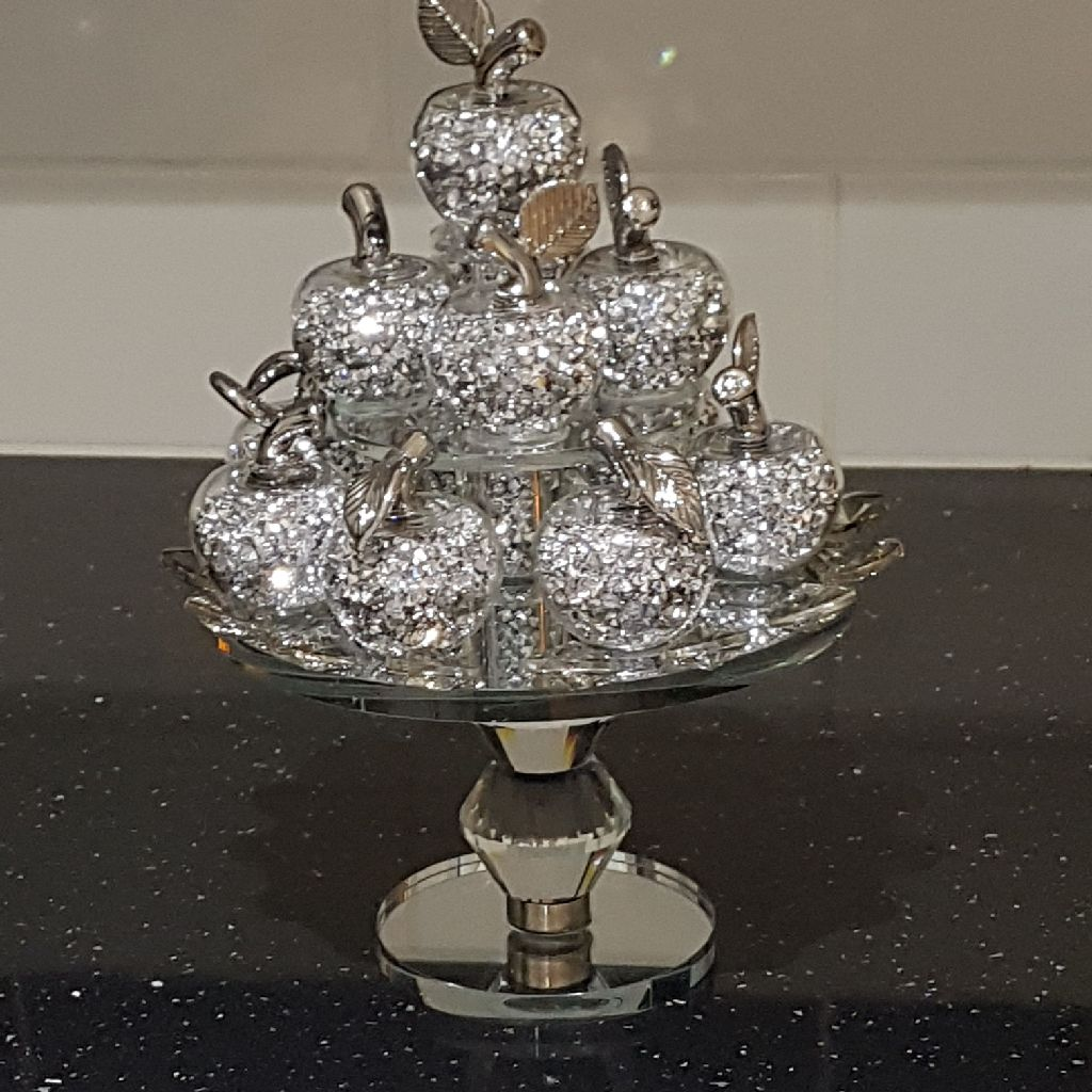 Beautiful crushed crystal ornament brand new in box