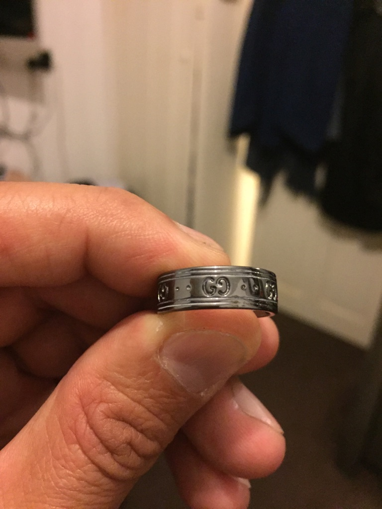 Ring size M