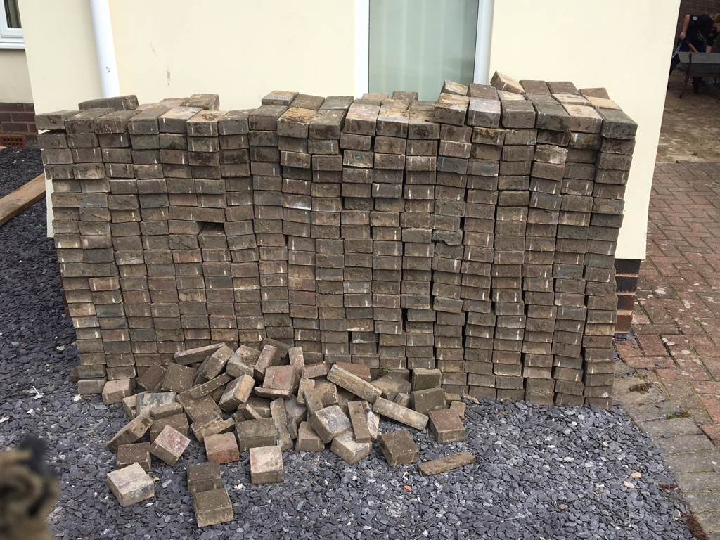 Used block paving bricks